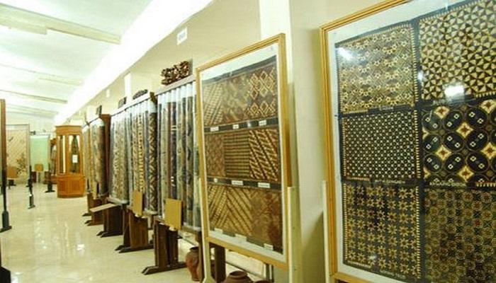 wisata belajar membatik di jogja Museum Batik Jogja Tempat Terbaik Belajar Tentang Batik