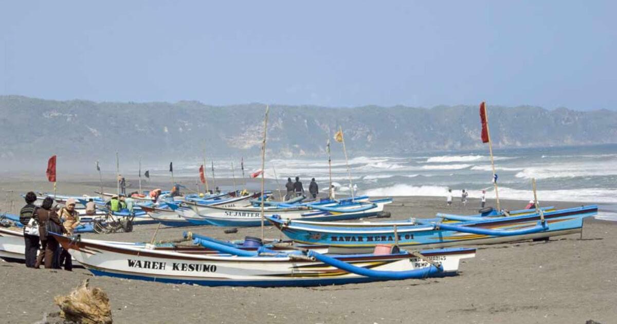 Pantai Parangkusumo Nelayan