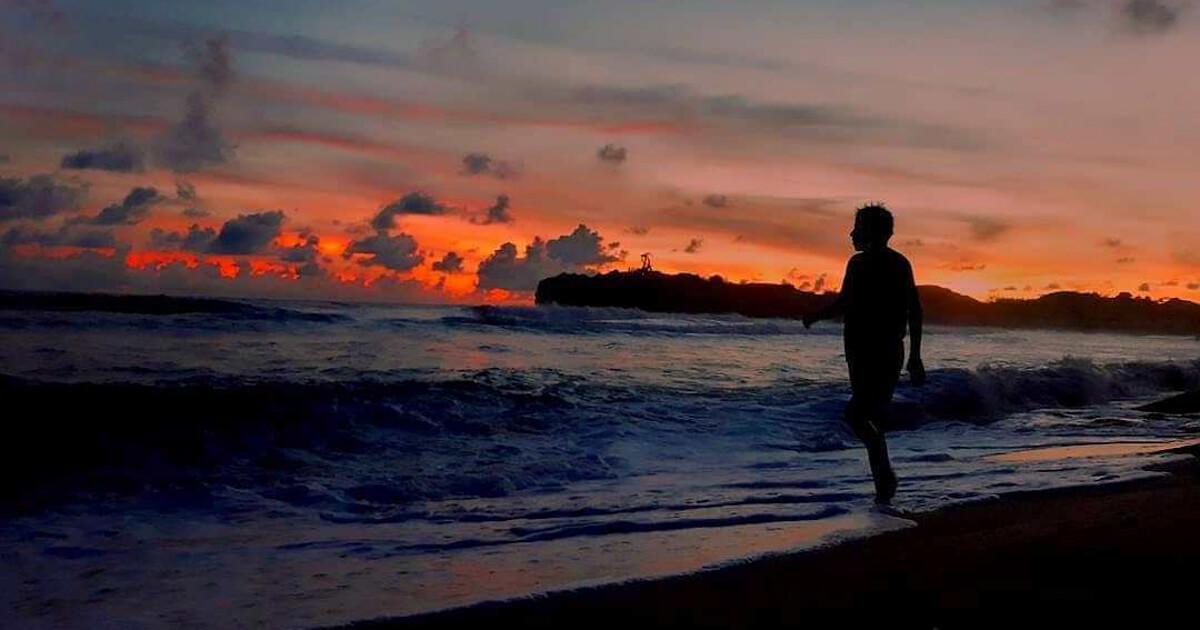 Pantai Slili Sunset