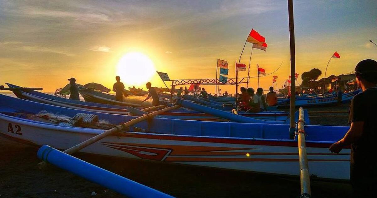Nelayan Pantai Depok